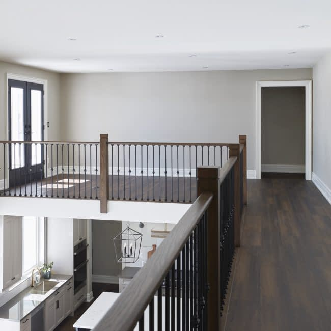 UpstairsHallway_01